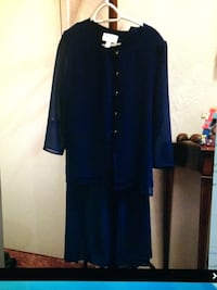 Beautiful navy blue 3 piece outfit  Colwood, V9B 5E4