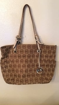 Authentic Michael Kors Purse Albuquerque, 87112