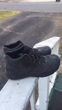 Pair of black leather work boots 16 km