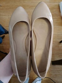 Nude/blush Aerosoles flat size 8, barely worn