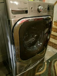 black front-load clothes washer 490 mi