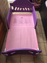purple and white plastic bed frame Mesa, 85215