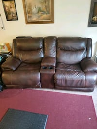 Power recliner couch