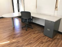 """Desk-L Shaped with a Bullet Top 96"""" x 66"""" Glendale"""