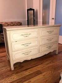 Two 6 Drawer Dressers New York, 11233