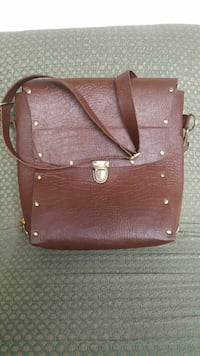 Ladies leather bags Lahore