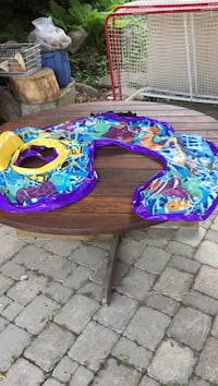 Brand new pool float to support mom and baby age 18-36 months.  Porch pick up available. Pickering, L1V 5V6