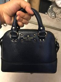 black leather 2-way bag Toronto, M2H 2E6