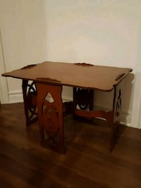 Small end table Laval, H7W 0A3