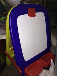 Crayola dry erase board with chalkboard on the other side Downey, 90241