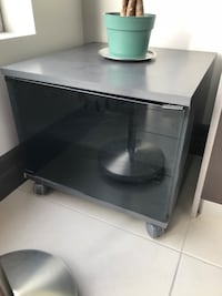 Tv stand with wheels, cabinet with two compartments Brampton, L6P 3A4