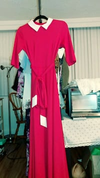 red and white long sleeve dress Alexandria, 22304