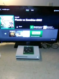 black flat screen TV with remote Bossier City, 71111