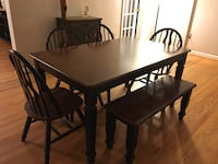 Dining Table w/ 4 Chairs and Bench (seats 6) Arlington, 22201