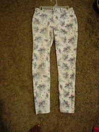 white and pink floral pants Little Rock, 72209