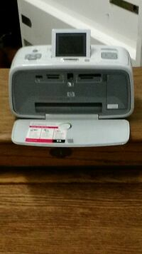 HEWLETT PACKARD A616 PHOTOPRINTER FOR ON THE GO