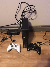 Xbox 360 E 2Gb Fort Saskatchewan, T8L 1N8