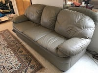 Leather couch set: 3 seat + 2 seat San Diego, 92121