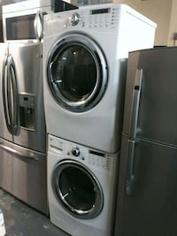 LG 27 inch wide front load washer and gas dryer se Bronx, 10461