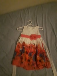 white and red floral sleeveless dress Toronto, M1T 1G7