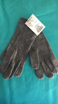 Calving Klein CK winter gloves grey  Vaughan, L4J 0G8