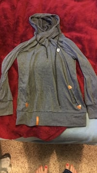 gray pull over hoodie Flagstaff, 86005
