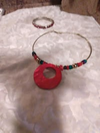 red and green beaded bracelet Morristown, 37814