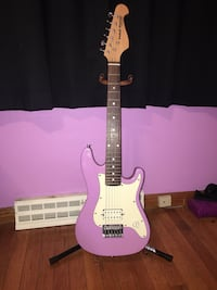 Purple and white  electric guitar Coal Valley, 61240