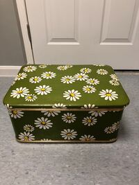 Vintage sewing chest Woodbridge, 22192