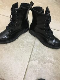 Brand new combat boots size 7