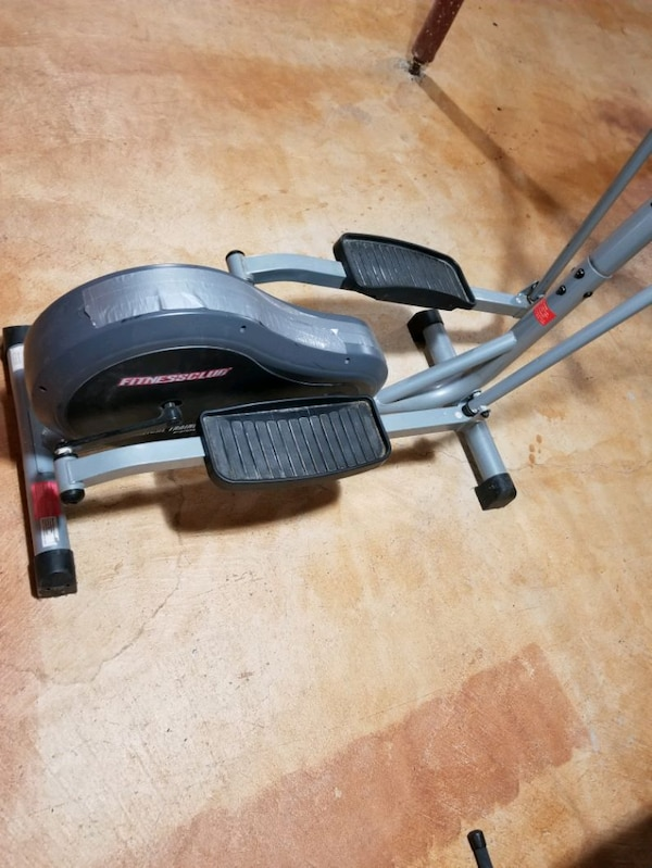 Eliptical Trainer in good condition  3
