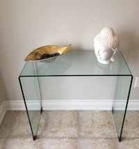 Tempered glass waterfall table Vaughan, L4H 3K8