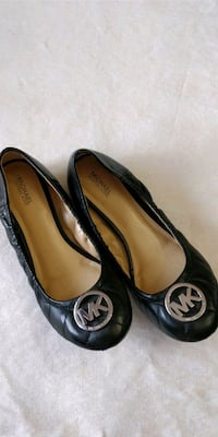 Michael Kors leather flats with logo