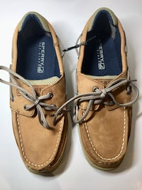 Pair of brown sperry boat shoes size 4 m Agawam, 01030