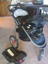 Graco Jogger Stroller w/ Carseat and Base Included Tampa, 33615