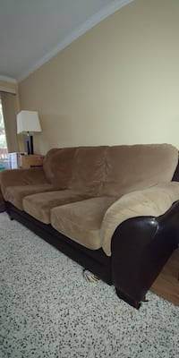 Free couch and coffee table.  Richmond, V6Y 1Z3