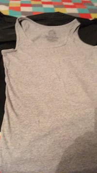 Woman's grey tank TOP XL. South Daytona, 32119