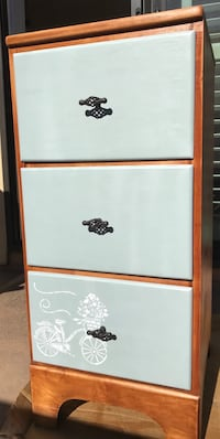 Solid wood chest of drawers/ dresser Foster City, 94404