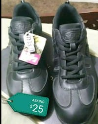 pair of black leather shoes Bakersfield, 93307