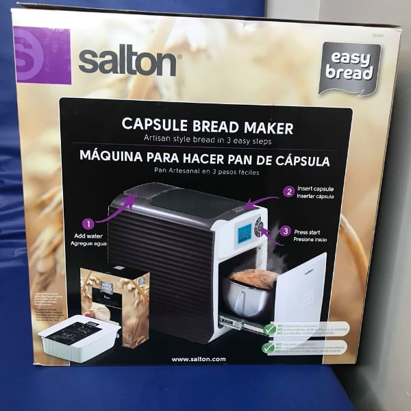 Salton Easy Bread Maker, White (ES1000) BNIB  Brand new in the box.  3 simple steps to fresh bread - Fill water tank  Press start Easy to operate and clean Removable water tank 24-hour programming function, including a gluten free function.  PRICE IS FIRM