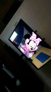 40in. Flat screen TV for sale