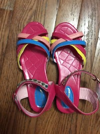 Pink and colourful sandals (size 5) Mississauga, L5V 1R3