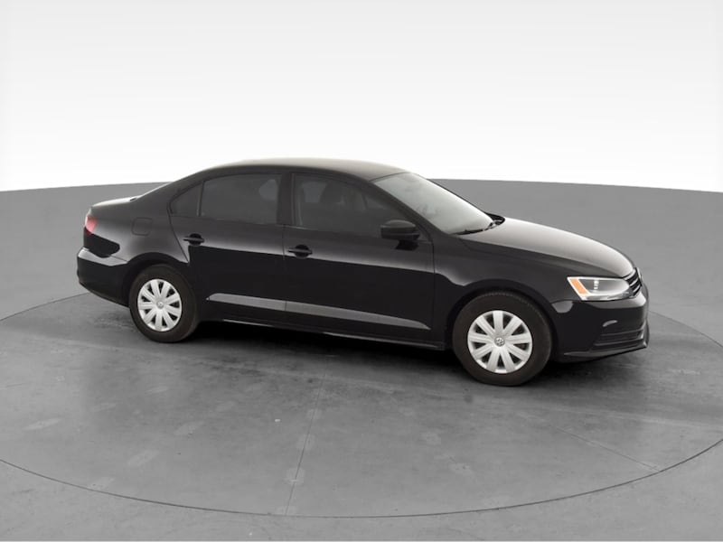 2016 VW Volkswagen Jetta sedan 1.4T S Sedan 4D Black  13