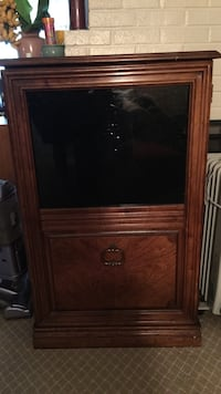 Brown wooden cabinet Springfield, 22151