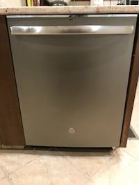 Newly purchased (June 2019) GE Built-In Dishwasher Cedar Grove, 07009