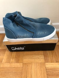 Woman Denim Sneaker - Brand New  Toronto, M6P 2M3