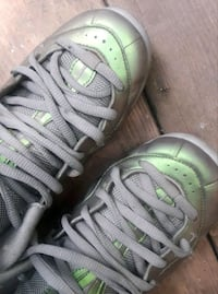 pair of white-and-green Nike sneakers Hartford