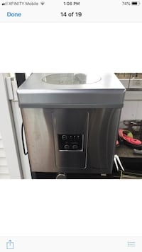 Magic Chef stainless steel counter top ice maker Somerdale, 08083