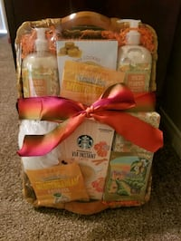 Pumpkin GIFT BASKET - Starbucks, soaps, dried fruit