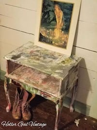 Farmhouse shabby chic table Gastonia, 28052